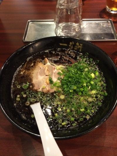 一星軒 博多黒拉麺.JPG