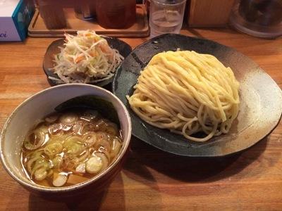 やすべえ つけ麺+野菜.JPG